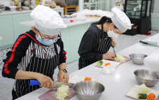 결혼이주민의 요리교육과 체험을 통한 건강한 식습관 형성 프로그램 <사진